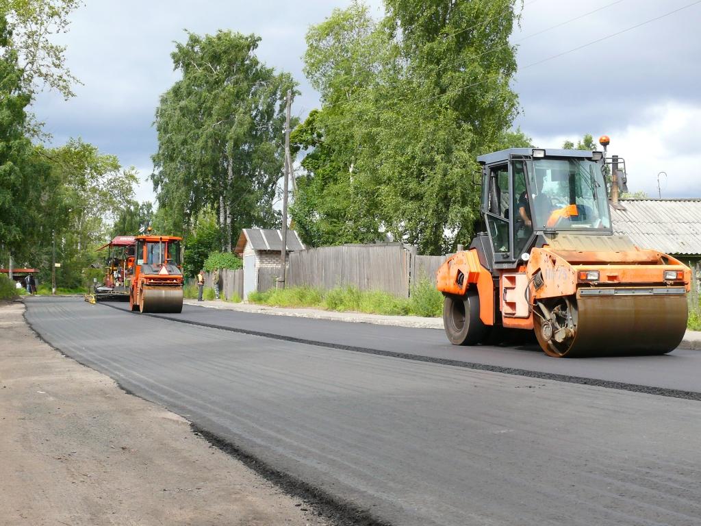 Возле сельских школ начались ремонты дорог