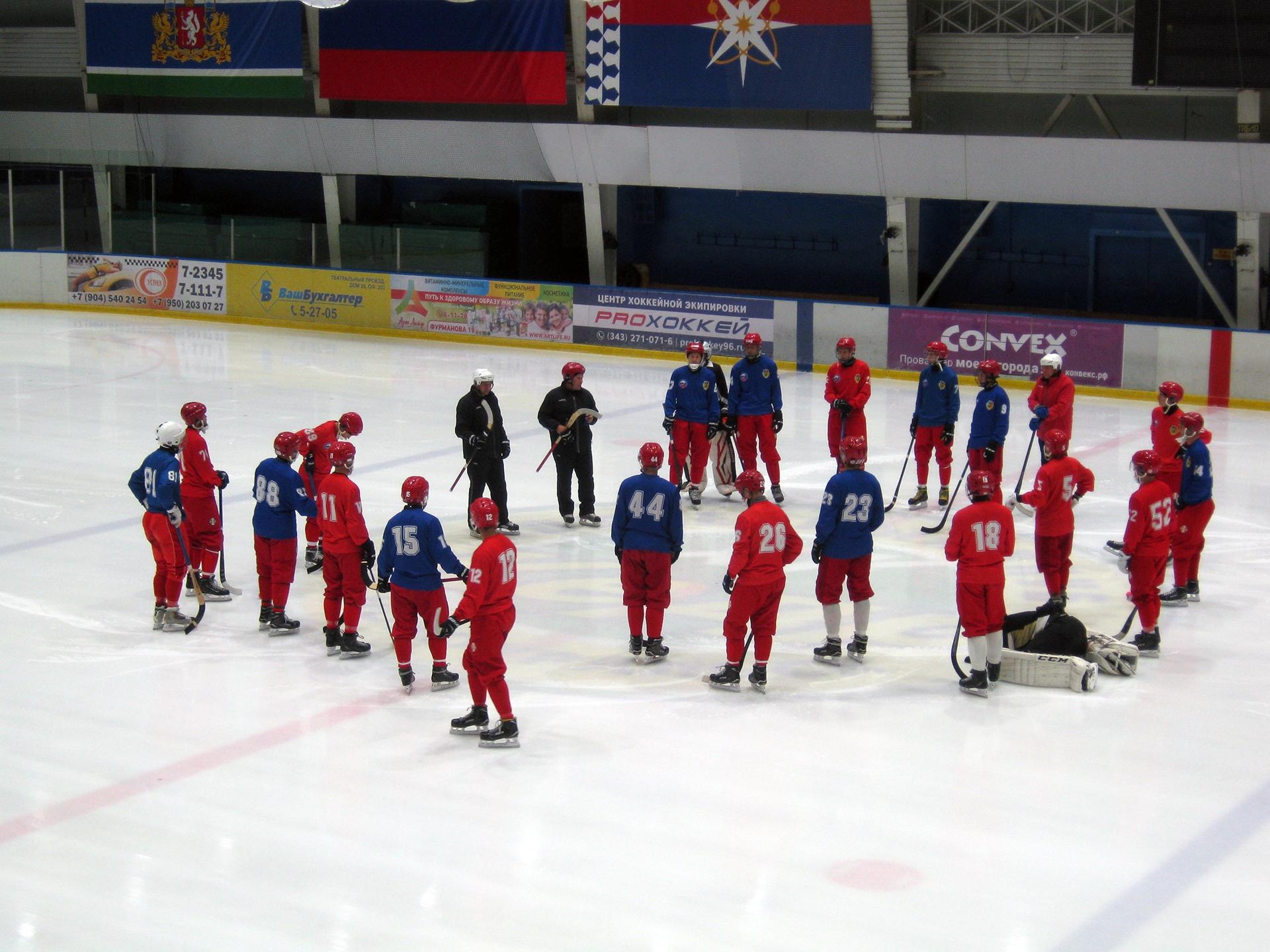 В Новоуральске продолжаются учебно-тренировочные сборы команды «Уральский трубник»