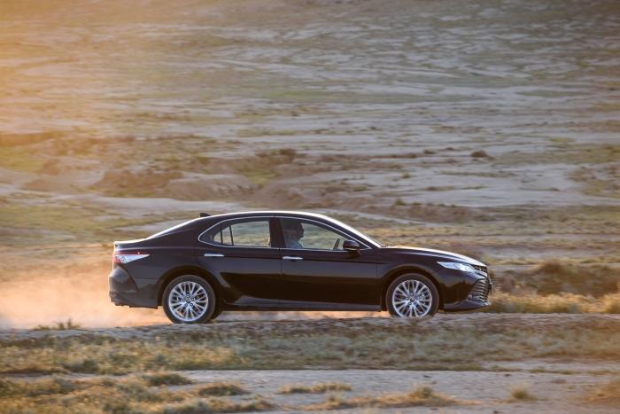 Toyota Camry и Land Cruiser Prado – резкое подорожание