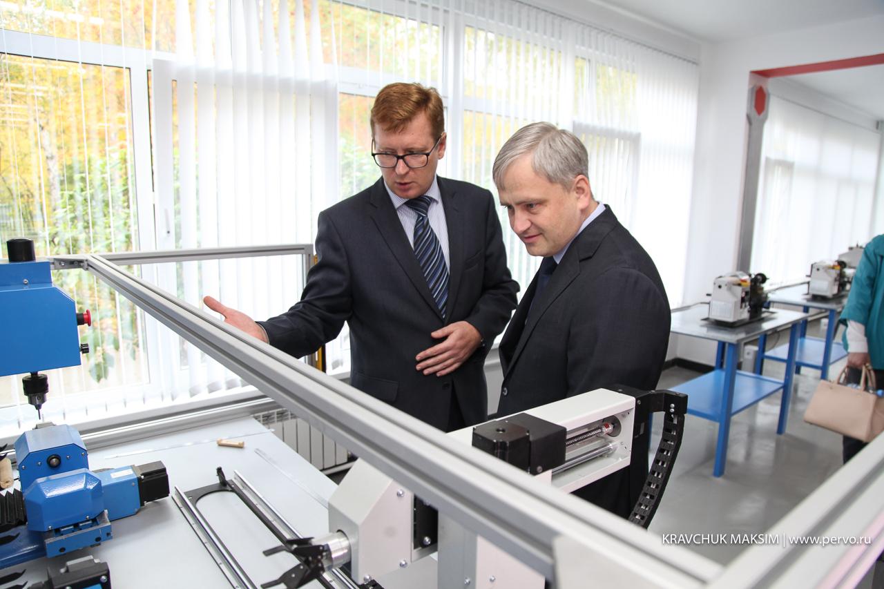 Федеральный инспектор Данила Трубинов посетил школу №1