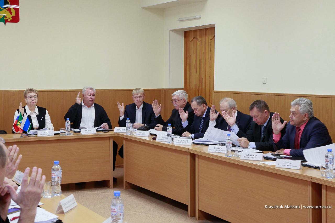Ход отопительного сезона под контролем: депутаты заслушали отчет на Думе