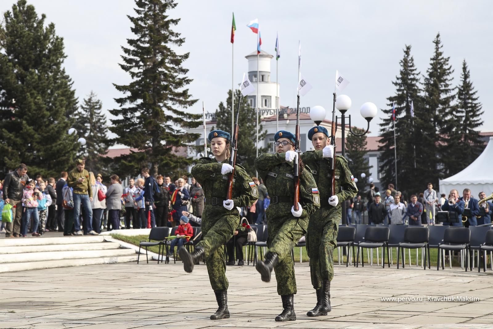 В Первоуральске прошел Парад Победы. Фотографии