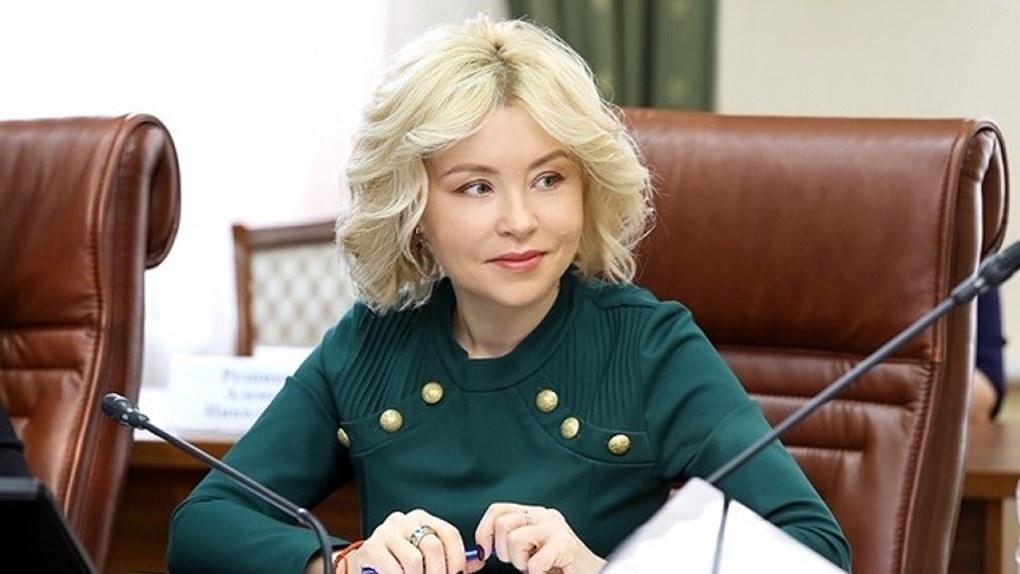 Сечинская бульдожица Светлана Радионова метит новое кресло ... | 574x1020