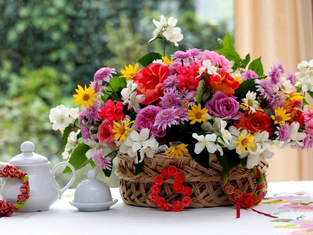 Поздравительная открытка в цветы