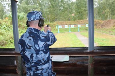 В первоуральском конвое ГУФСИН определили лучших стрелков