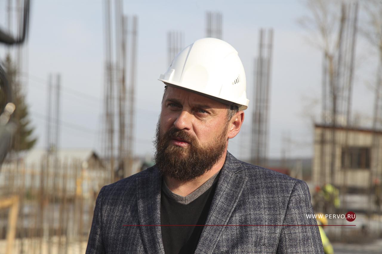 Ход строительства школы № 23 в поселке Билимбай вновь оценили депутаты
