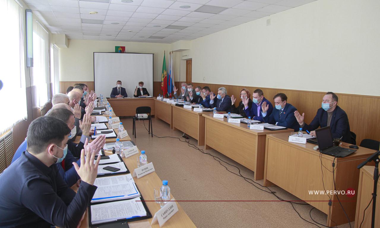 Депутаты признали работу Главы удовлетворительной