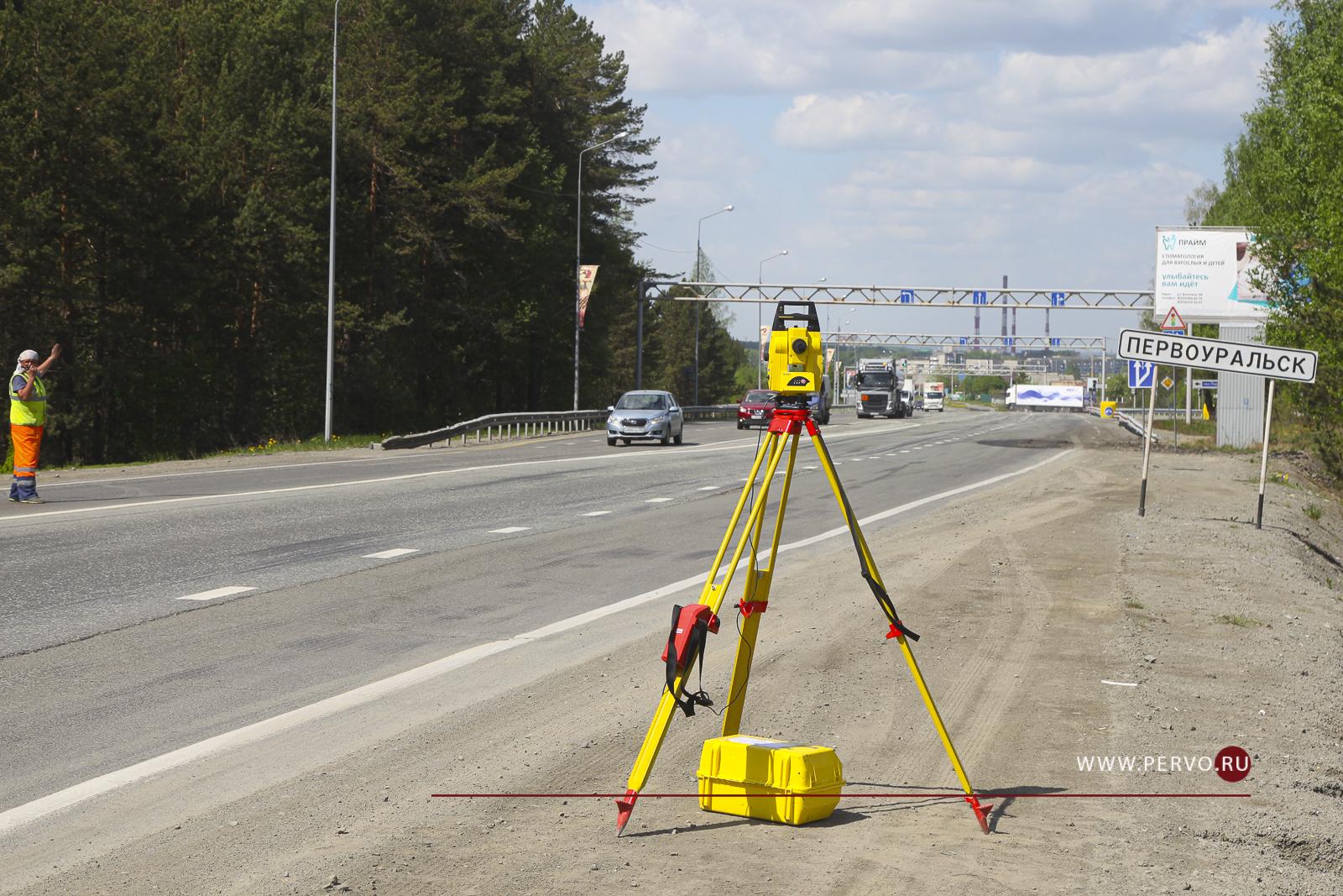 Водителей предупреждают о пробках на въезде и выезде из Первоуральска