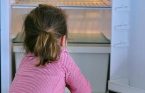 В России хотят разрешить временно забирать детей из семьи
