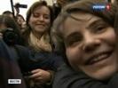 Почему освободили Самуцевич: пресса объясняет, что спасло участницу Pussy Riot