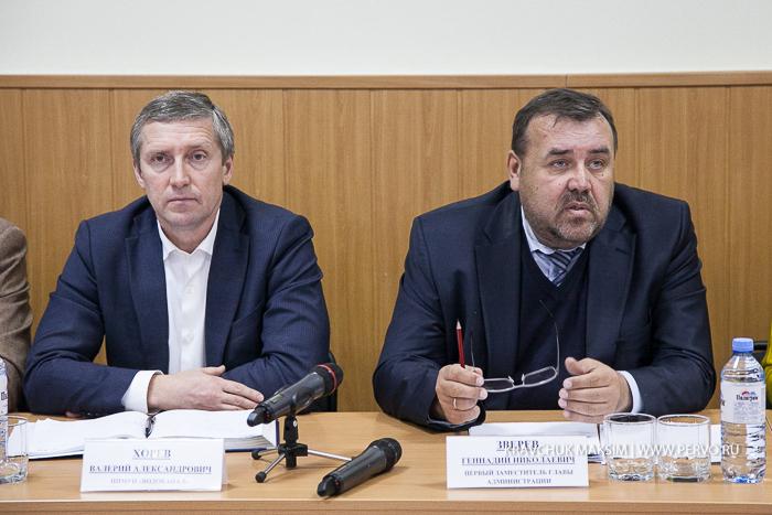 Первый зам. главы Первоуральска Геннадий Зверев назвал глупостью рассмотрения жалоб по теплу в течении месяца