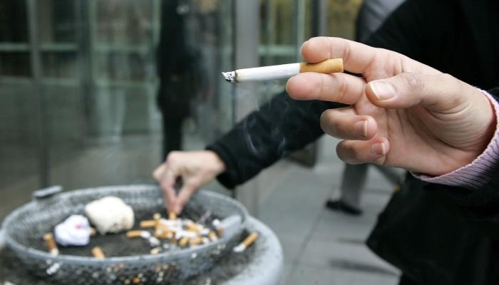 В России вступили в силу новые правила по оснащению мест для курения