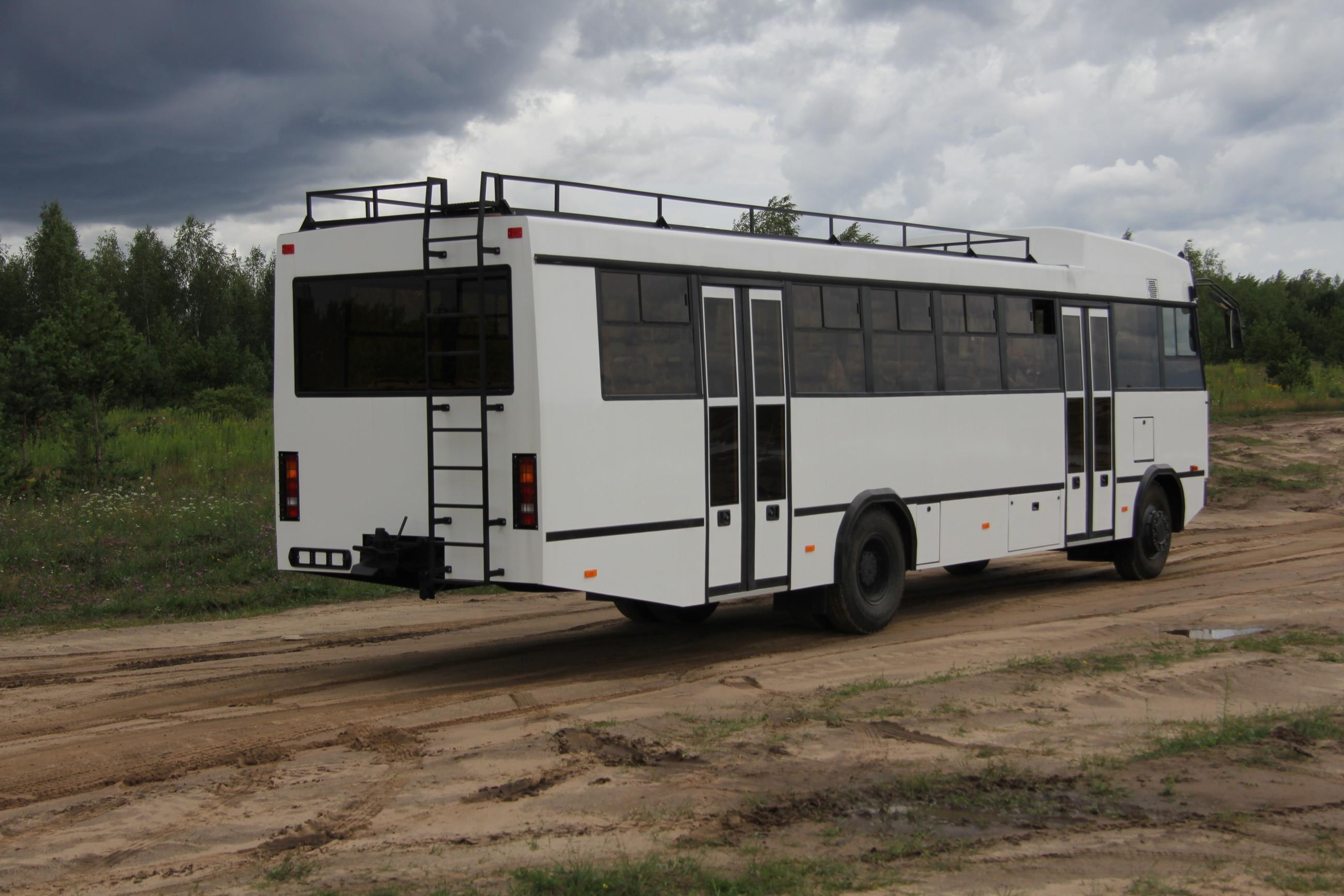 МАЗ презентовал неповторимый автобус-внедорожник