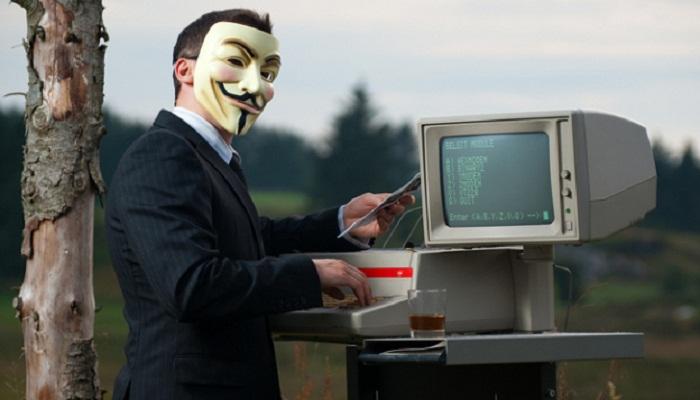 Хакеры объявили окраже кибероружия спецслужб США