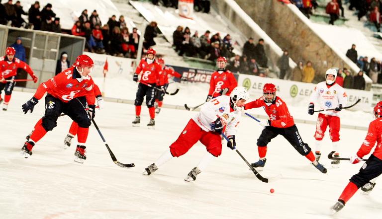 «Енисей» обыграл «Уральский Трубник»— Хоккей смячом