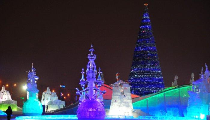 Ледовый городок может простоять в Екатеринбурге до конца февраля
