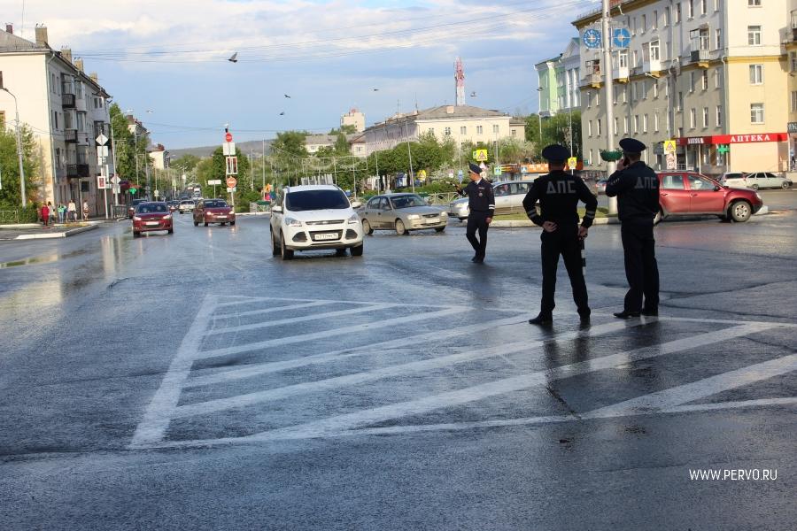Ссамого начала июня вСыктывкаре выявлено более 50-ти водителей снарушениями тонировки