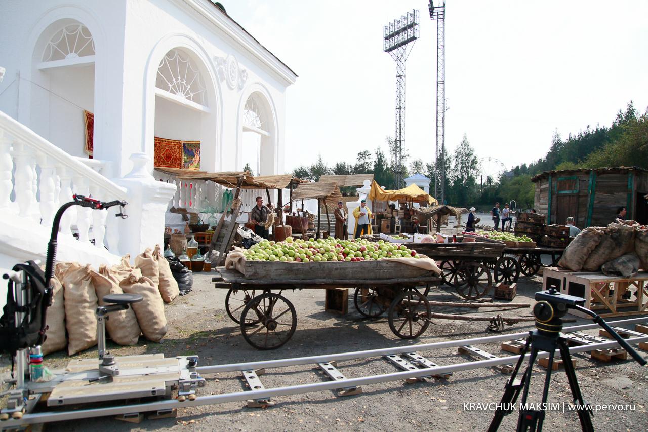 Стадион «Уральский трубник» на один день превратился в съемочную площадку
