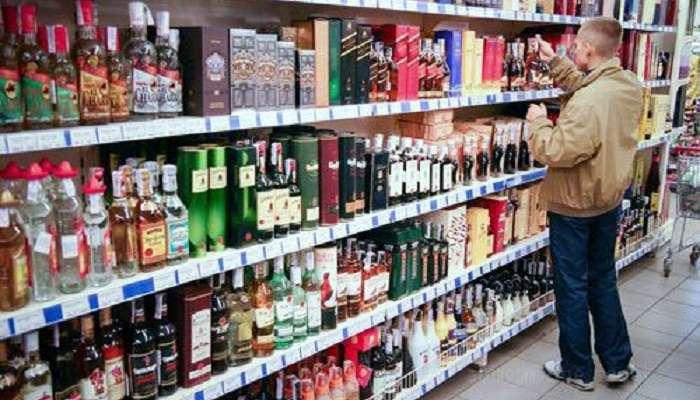 Минздрав предложил не продавать спиртное пьяным покупателям